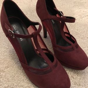 Burgundy heels with strap and mesh detail